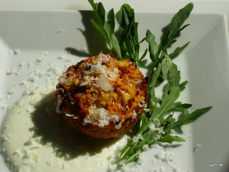 Möhrentörtchen mit Joghurt-Sauce