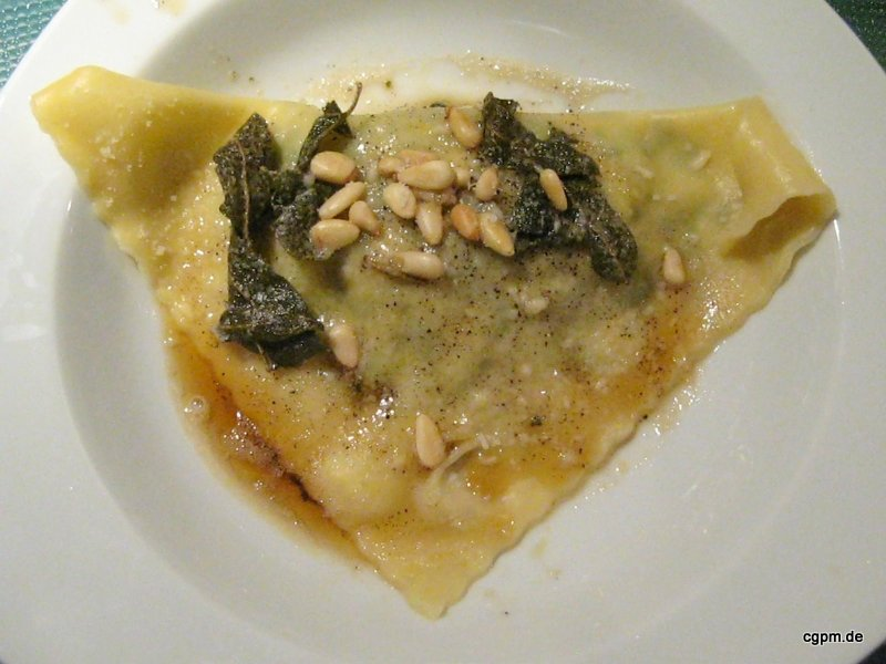 Ravioli mit Spinat, Ricotta und Lachs